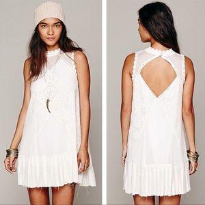 🌻 Free People One Angel Lace Dress